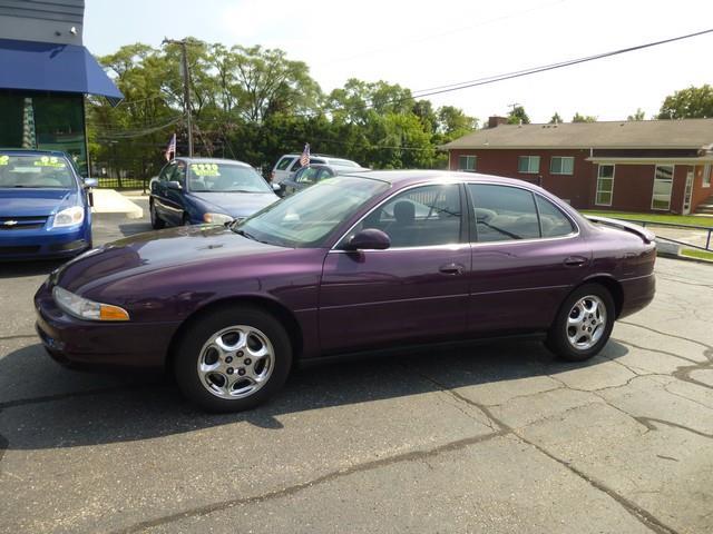 1998 Oldsmobile Intrigue GL 4dr Sedan - Clinton Township MI