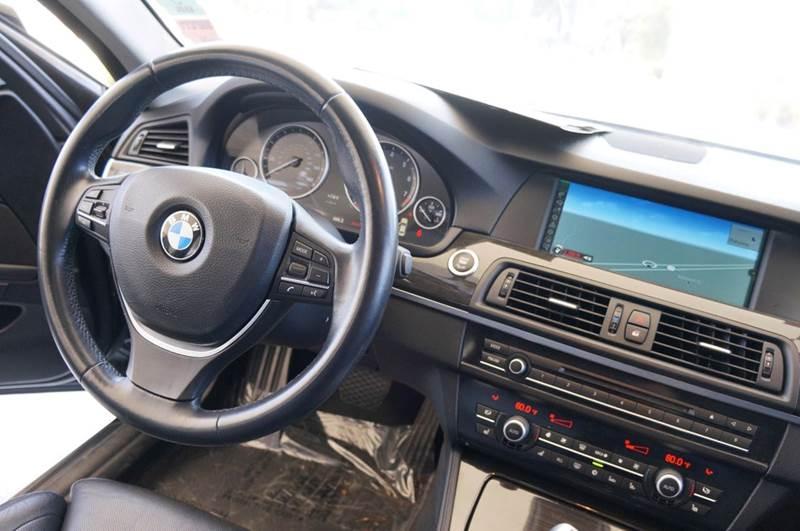 2011 BMW 5 Series 550i 4dr Sedan - Hayward CA