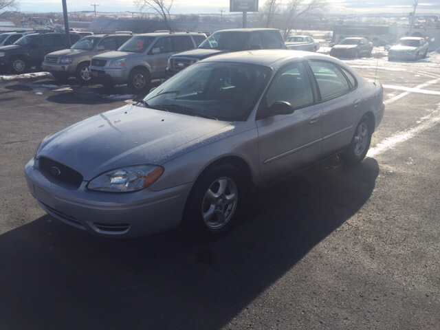 2005 Ford Taurus SE 4dr Sedan - Rapid City SD