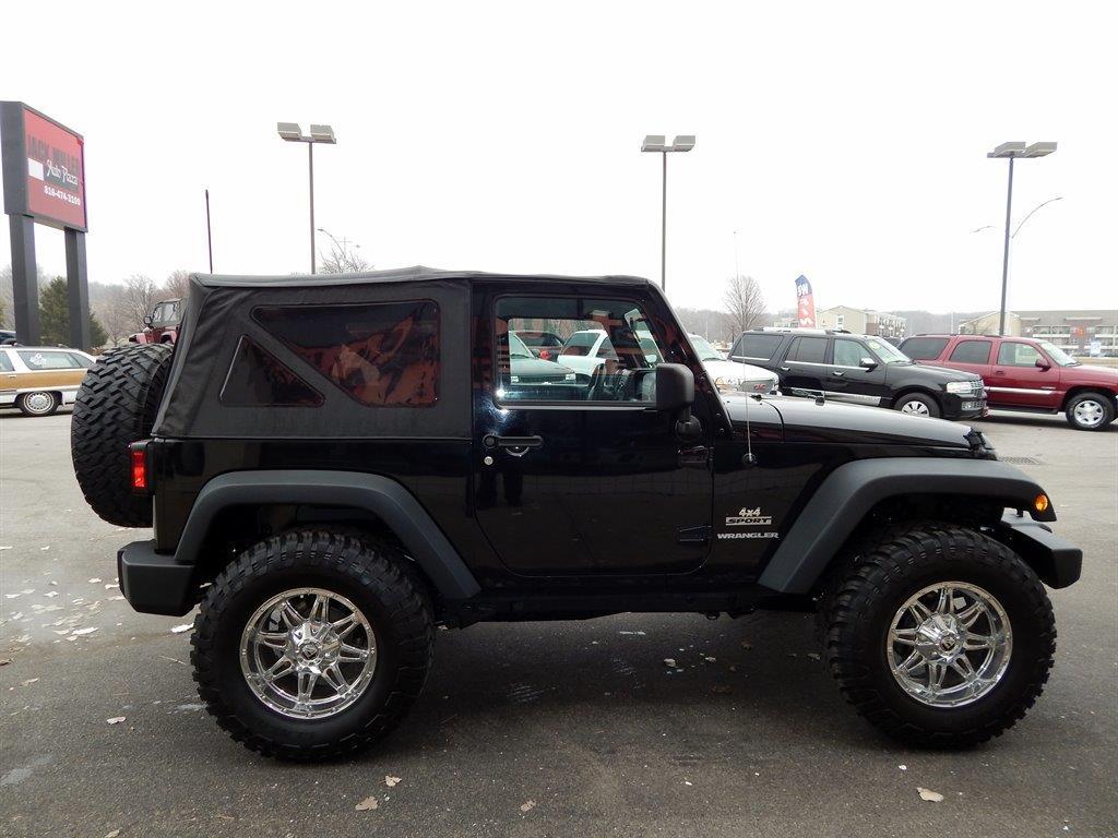 2011 Jeep Wrangler 4x4 Sport 2dr SUV - Kansas City MO