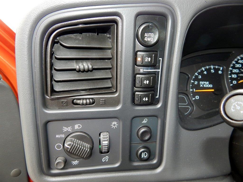 2004 Chevrolet Avalanche 4dr 1500 4WD Crew Cab SB - Kansas City MO