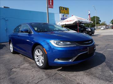 2015 Chrysler 200 for sale in Hialeah, FL
