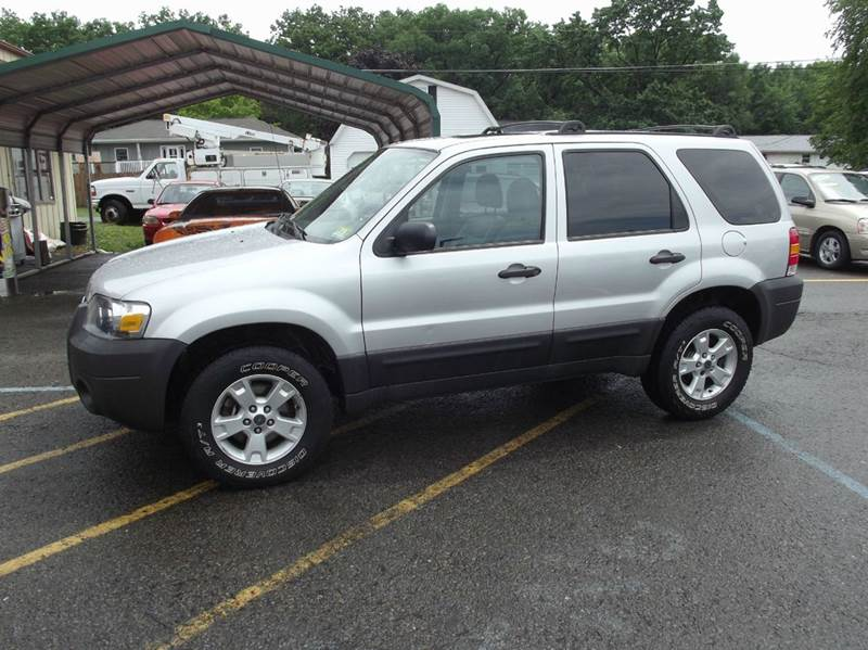 2005 Ford Escape AWD XLT 4dr SUV - Kulpmont PA