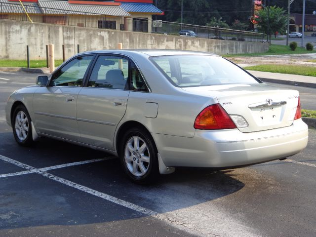 2000 toyota avalon 3419 chapman highway knoxville tn 37920 used cars for sale. Black Bedroom Furniture Sets. Home Design Ideas