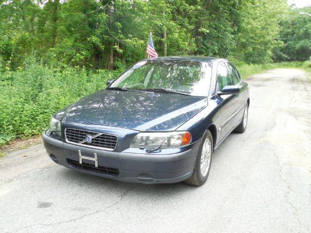 2004 Volvo S60