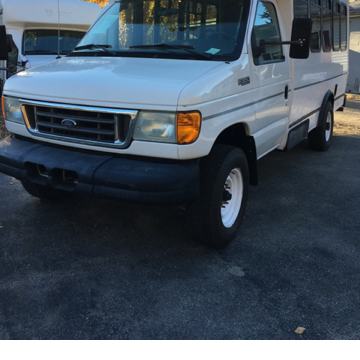 2005 Ford E-Series Chassis