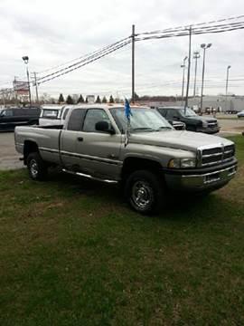 1999 Dodge Ram Pickup 2500 for sale in Kentwood, MI
