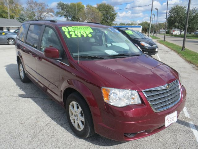 2008 Chrysler Town and Country for sale in Perry IA