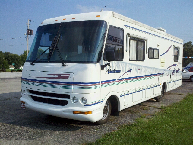 1996 Coachman 30 foot motor home