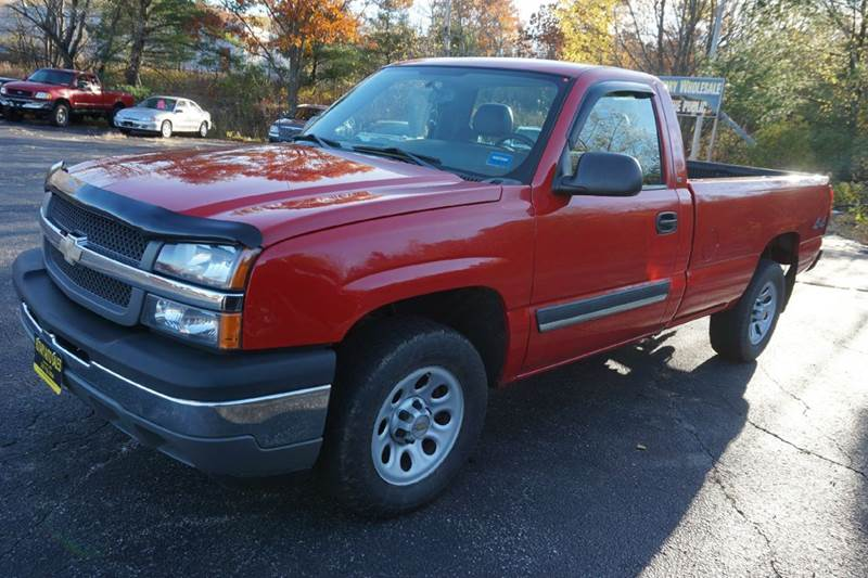 2005 chevrolet silverado 1500 2dr regular cab work truck 4wd lb in lewiston me rotary auto sales. Black Bedroom Furniture Sets. Home Design Ideas