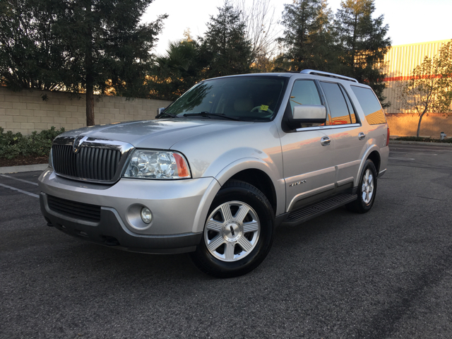 2004 lincoln navigator luxury 4wd 4dr suv in fresno ca best buy motorz. Black Bedroom Furniture Sets. Home Design Ideas
