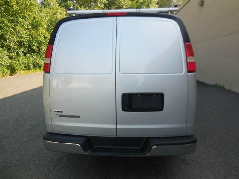 2010 Chevrolet Express Cargo 3500 3dr Extended Cargo Van w/ 1WT - Waterbury CT