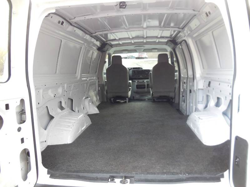 2012 Ford E-Series Cargo E-250 3dr Cargo Van - Waterbury CT