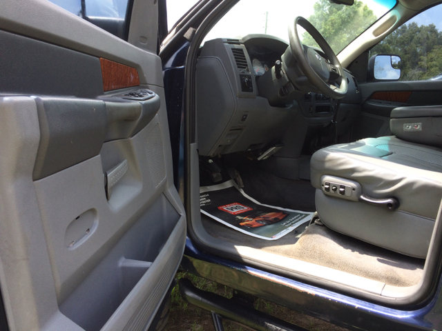 2006 Dodge Ram Pickup 3500 Laramie 4dr Mega Cab 4WD SB - Ocala FL