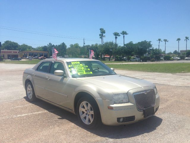 2006 Chrysler 300 for sale in Pasadena TX