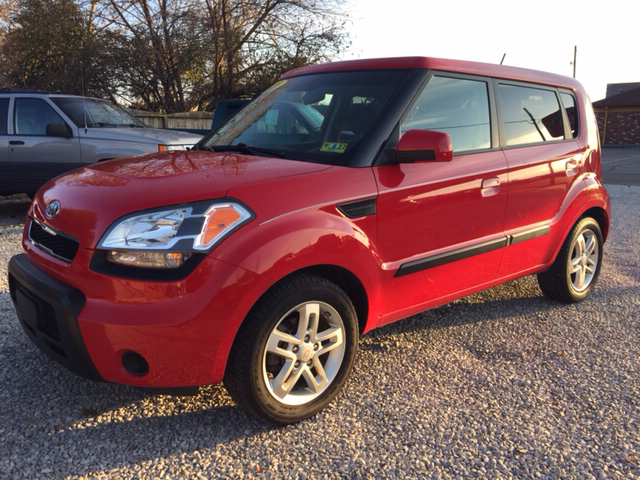 2010 kia soul sport 4dr wagon 4a in vienna wv easter brothers preowned autos. Black Bedroom Furniture Sets. Home Design Ideas