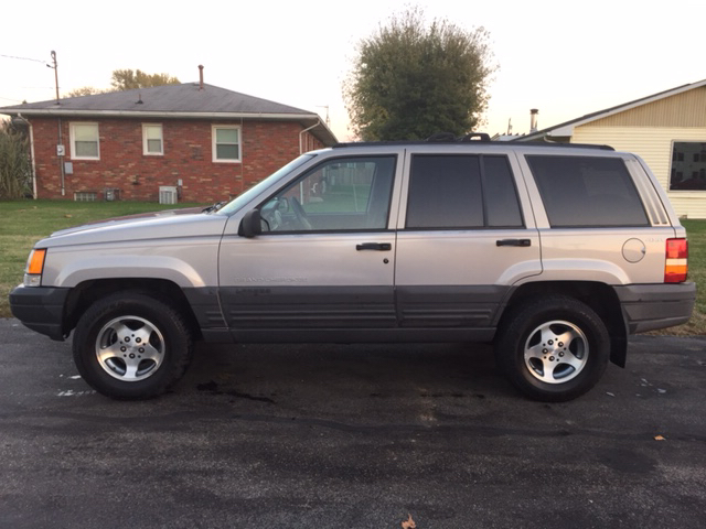 1996 jeep grand cherokee laredo 4dr 4wd suv in vienna wv easter brothers preowned autos. Black Bedroom Furniture Sets. Home Design Ideas
