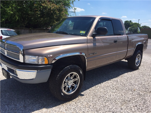 2001 Dodge Ram Pickup 1500 for sale in Vienna, WV