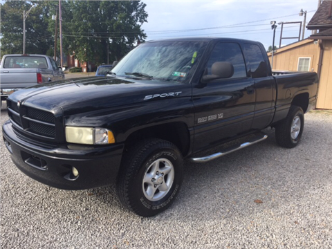 2000 Dodge Ram Pickup 1500 for sale in Vienna, WV