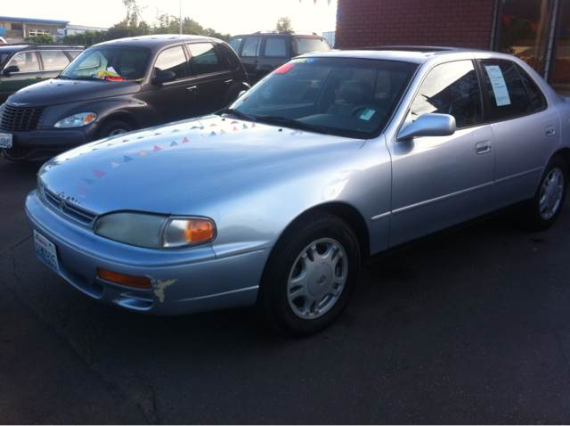 used 1995 toyota camry le v6 sedan in kent wa at kent. Black Bedroom Furniture Sets. Home Design Ideas