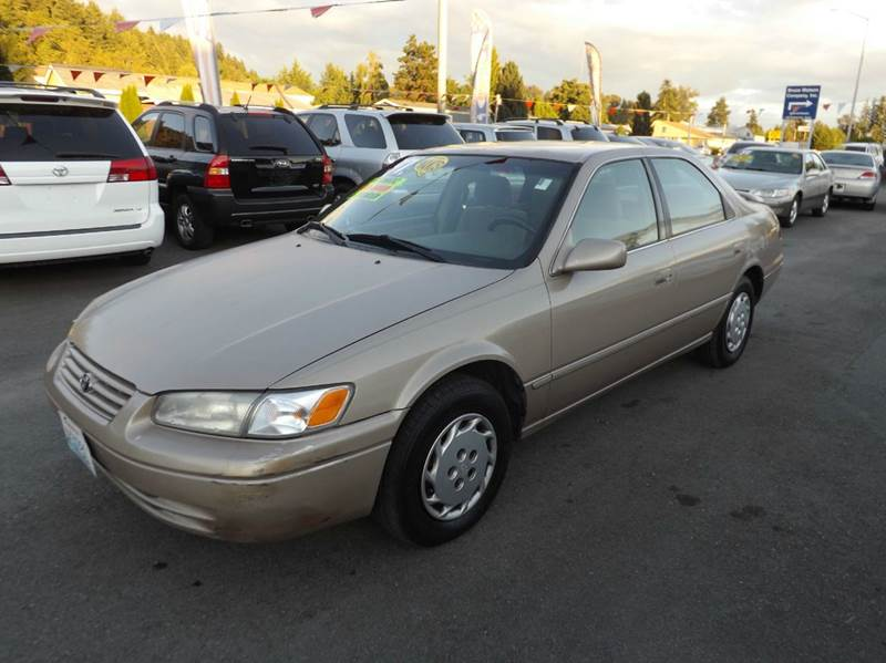 1997 toyota camry le 4dr sedan in kent wa kent grand. Black Bedroom Furniture Sets. Home Design Ideas