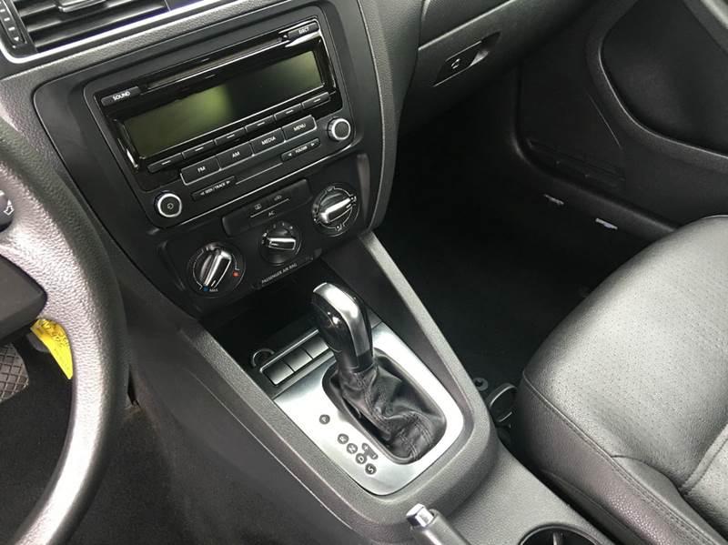 2012 Volkswagen Jetta SE PZEV 4dr Sedan 6A - San Mateo CA