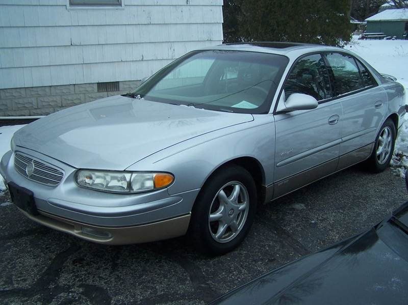 2001 buick regal ls 4dr sedan in bowling green oh autoville. Black Bedroom Furniture Sets. Home Design Ideas