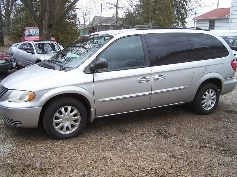 2003 Chrysler Town and Country LX Popular 4dr Mini-Van - Bowling Green OH