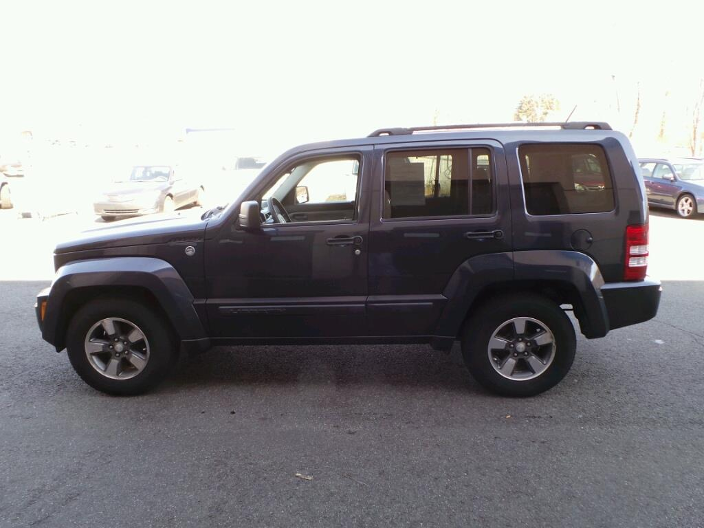 2008 jeep liberty sport 4x4 sport 4dr suv in middletown ct middletown auto sales. Black Bedroom Furniture Sets. Home Design Ideas