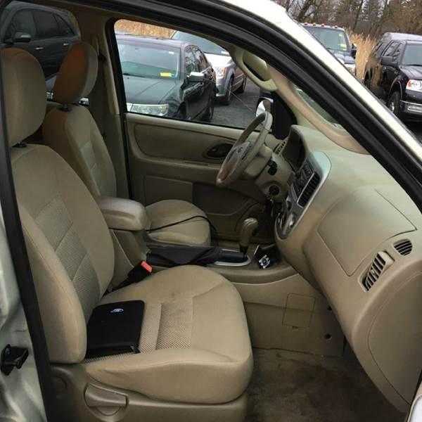 2005 Ford Escape XLT AWD 4dr SUV - Tonawanda NY