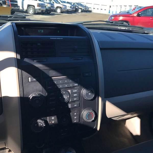 2008 Ford Escape XLS AWD 4dr SUV (2.3L I4 4A) - Tonawanda NY