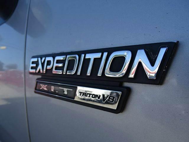 2000 Ford Expedition XLT 4dr SUV - Santa Ana CA