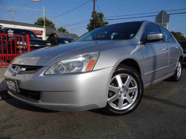 2005 Honda Accord EX V-6 4dr Sedan w/Navi - Santa Ana CA