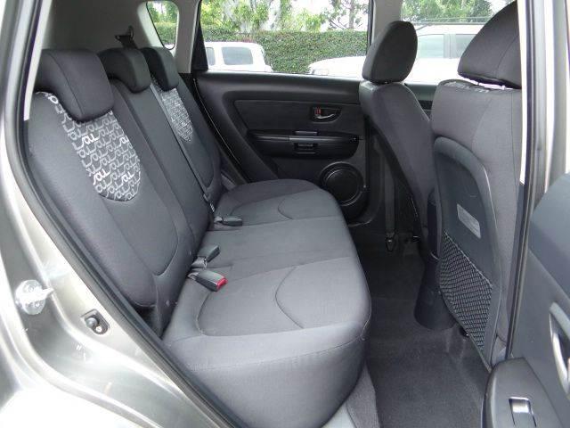 2010 Kia Soul ! 4dr Wagon 4A - Santa Ana CA