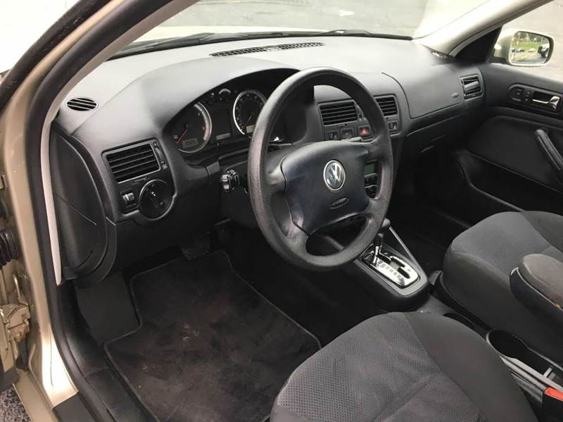 2005 Volkswagen Jetta 4dr GLS TDi Turbodiesel Sedan - Imperial MO