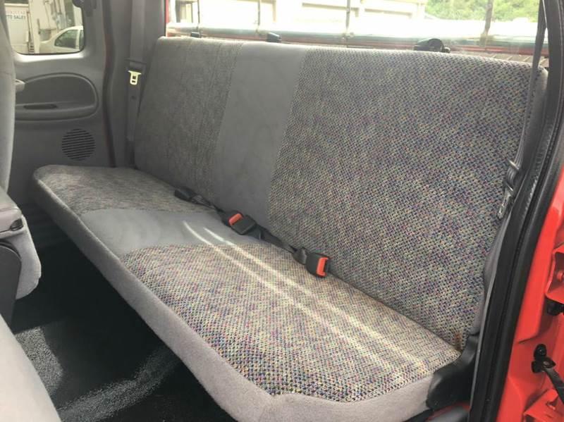 2001 Dodge Ram Pickup 3500 4dr Quad Cab SLT Plus 4WD LB - Imperial MO