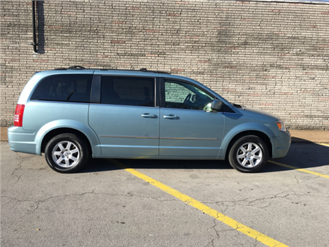 2010 Chrysler Town and Country for sale in Nashville, TN