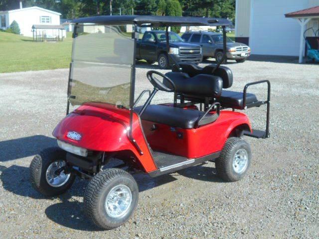 2007 EZ-GO Lifted Golf Cart 4 Passenger Gas