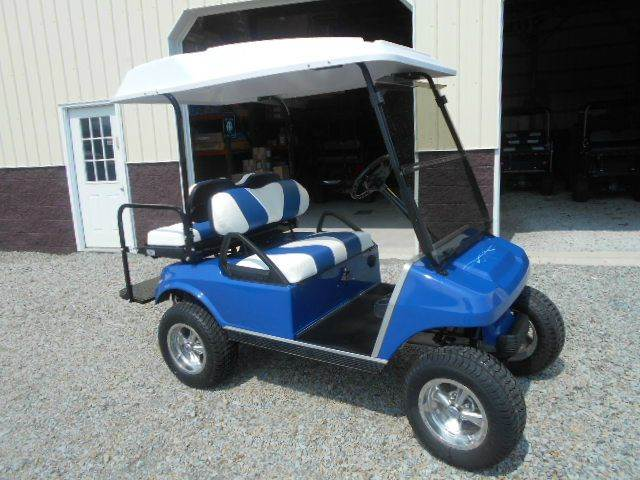 2006 Club Car Lifted Golf Cart 4 Passenger with Skylight Roof