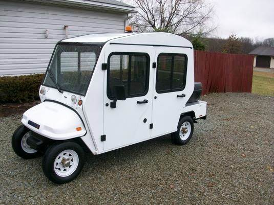 2010 Par Car 4 Door Electric Car Street Legal Golf Cart