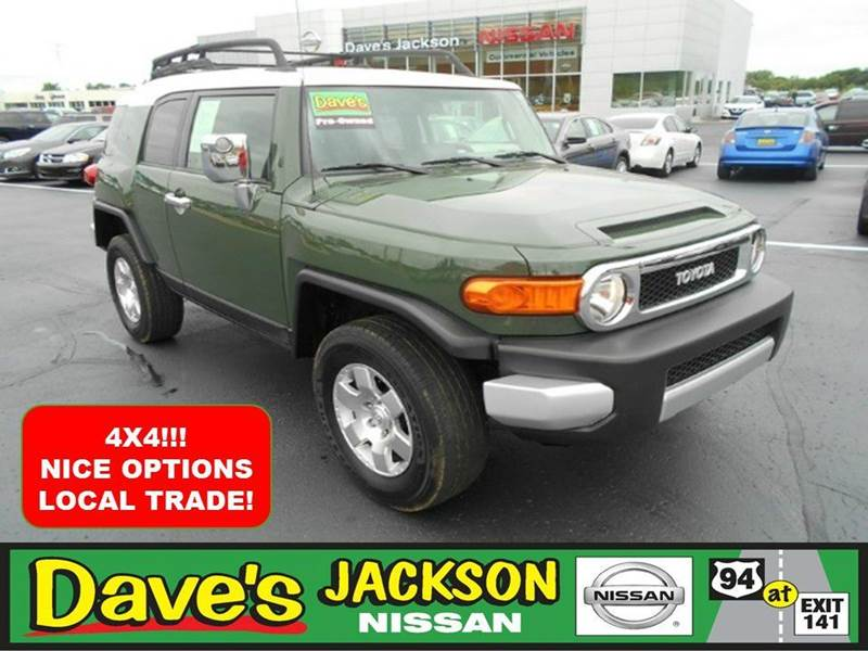2010 TOYOTA FJ CRUISER BASE 4X4 4DR SUV 5A green 3000 push pull or drag reflected in the price