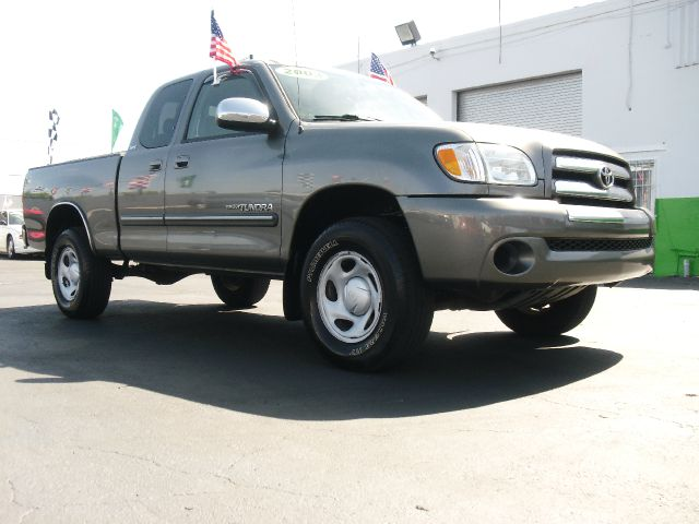 2003 TOYOTA TUNDRA SR5 gray most wanted large truck  excellent condition toyota realized that