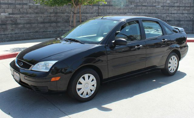 2007 ford focus zx4 s 4dr sedan in north hollywood. Black Bedroom Furniture Sets. Home Design Ideas
