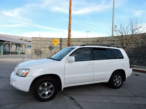 2005 Toyota Highlander for sale in North Hollywood, CA