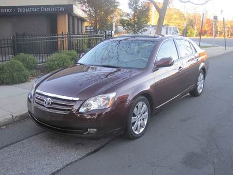 2005 Toyota Avalon for sale in Massapequa Park, NY
