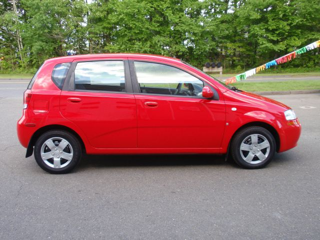 2007 chevrolet aveo aveo5 ls 5 4dr hatchback in bethany. Black Bedroom Furniture Sets. Home Design Ideas