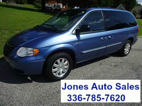 2007 Chrysler Town and Country for sale in Winston Salem, NC