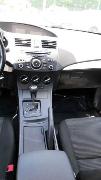 2013 Mazda MAZDA3 i Sport 4dr Sedan 6A - Madison NC
