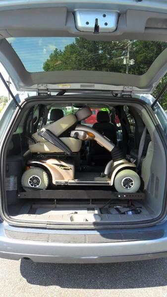 2005 Dodge Grand Caravan SXT 4dr Extended Mini Van - Madison NC