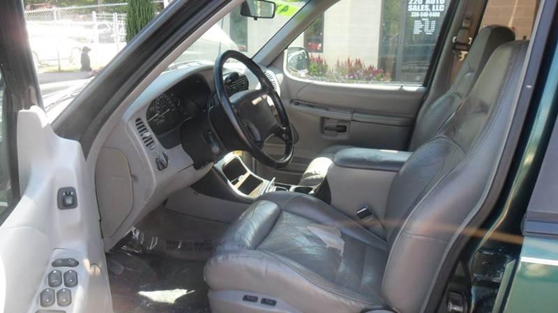 1996 Ford Explorer XLT 4dr 4WD SUV - Madison NC